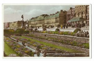 Seafront Brighton Vintage Postcard